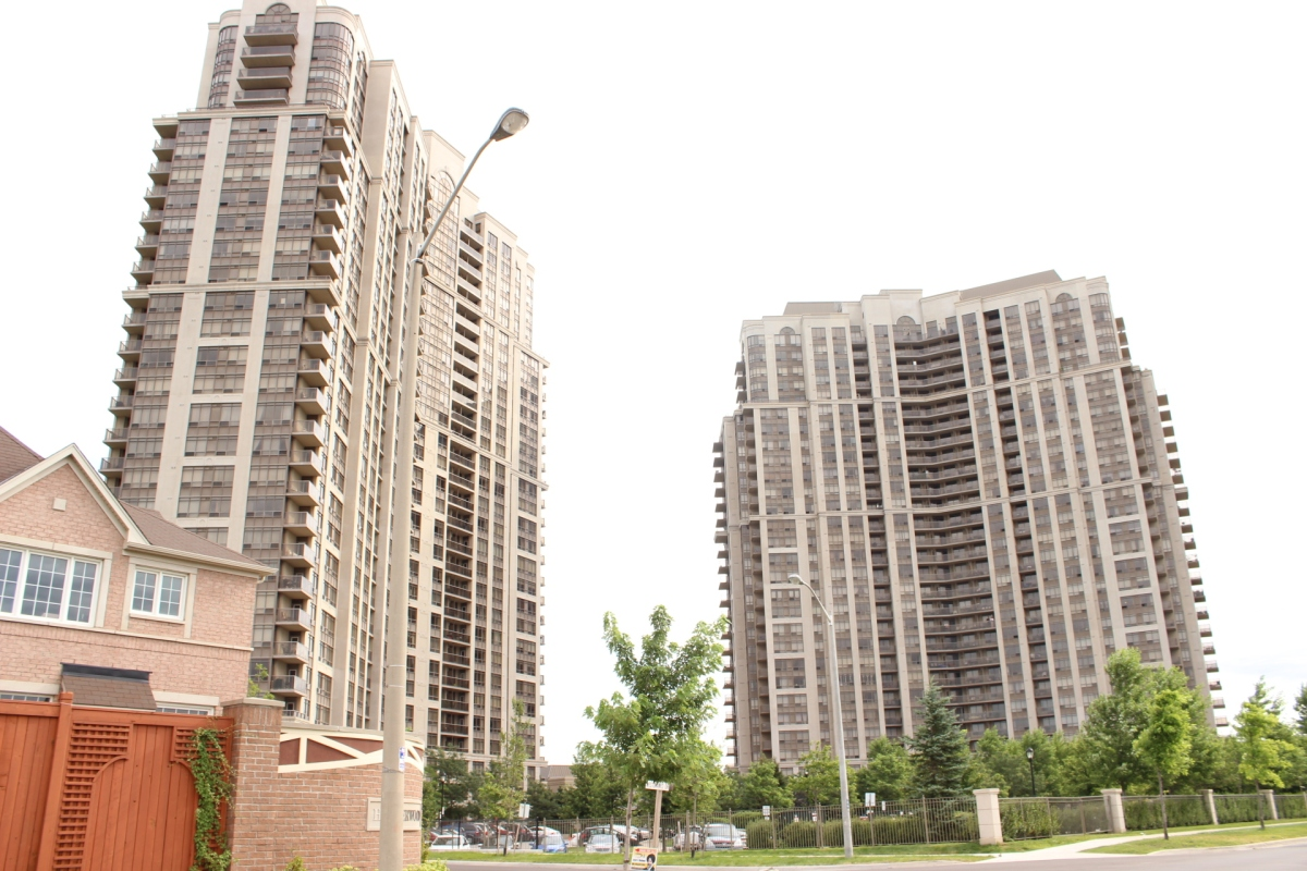 JUST LEASED in 1 week- Spacious Condo For Rent Within Steps To Humber College