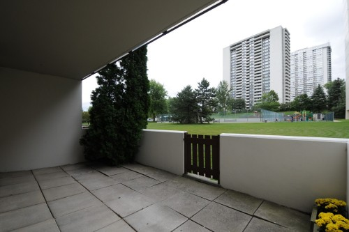 177 Linus Rd Condo For sale by Nikolay Klyushkin
