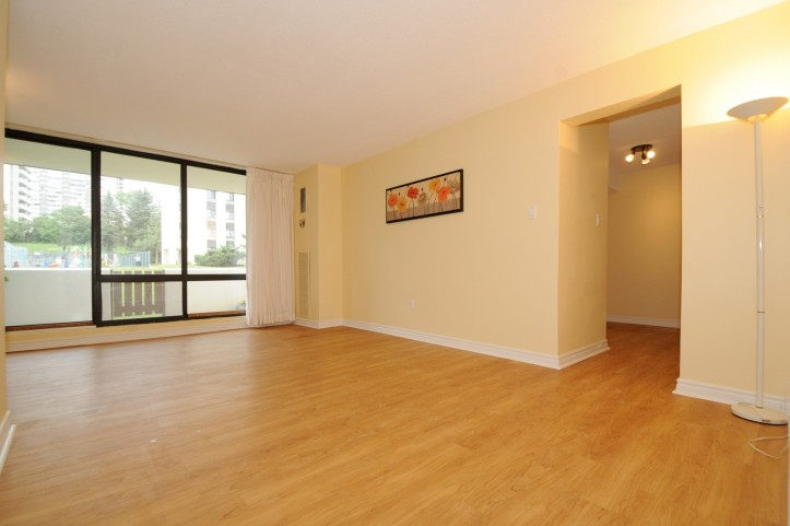 Spacious Living Rm Combined with Dining Rm